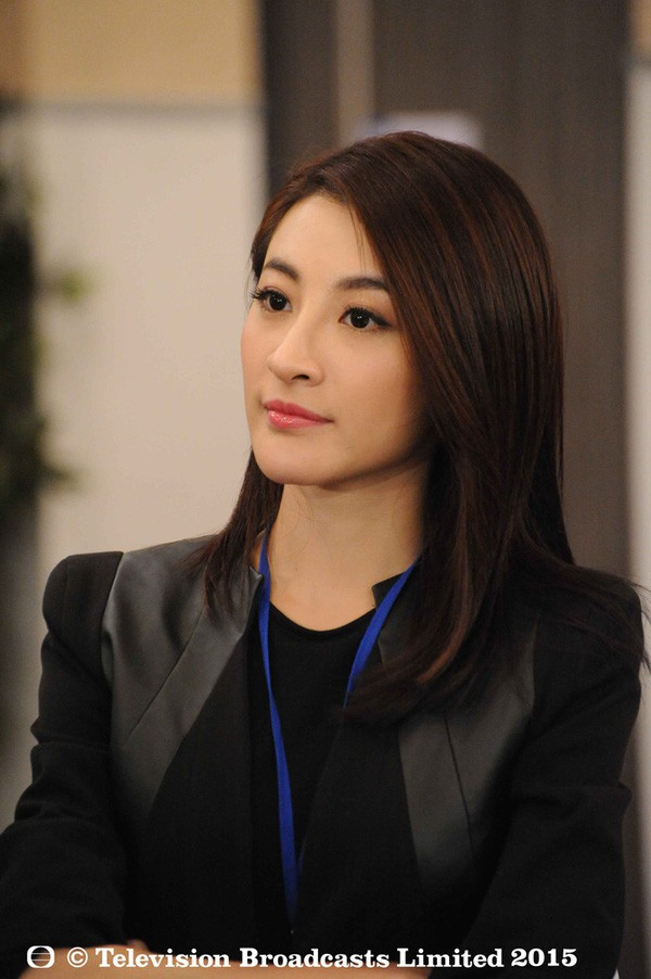 Những ngôi sao TVB có xuất thân danh gia vọng tộc - Ảnh 7.