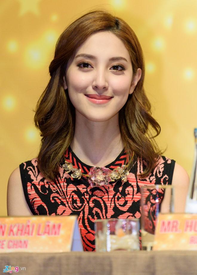 Những ngôi sao TVB có xuất thân danh gia vọng tộc - Ảnh 9.