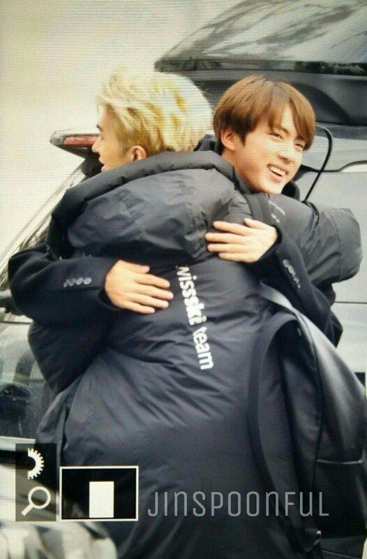 Những tình anh em trong giới giải trí Hàn Quốc khiến fan đẩy thuyền đam mỹ mê mệt (P.2) - Ảnh 19.
