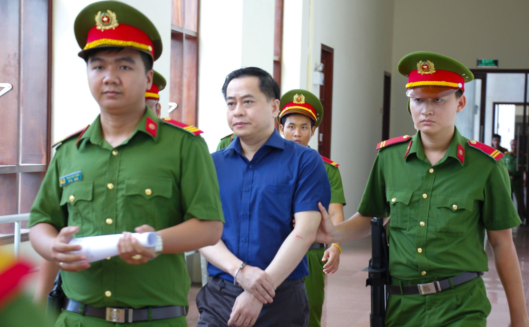 Viện kiểm sát bác kháng cáo kêu oan của Phan Văn Anh Vũ - Ảnh 3.