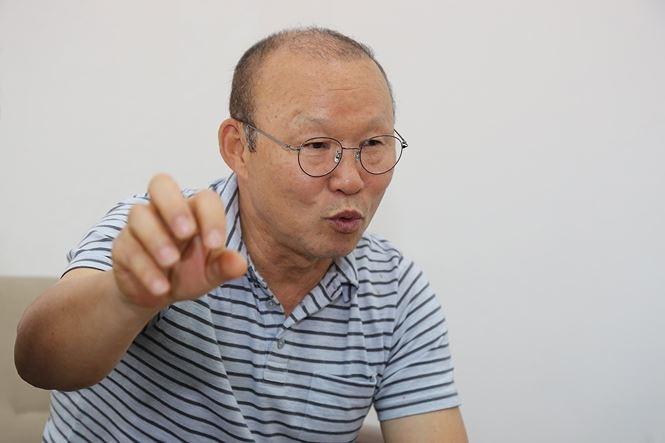HLV Park Hang Seo: Việt Nam cần thêm nhiều điều kiện để dự World Cup - Ảnh 2.