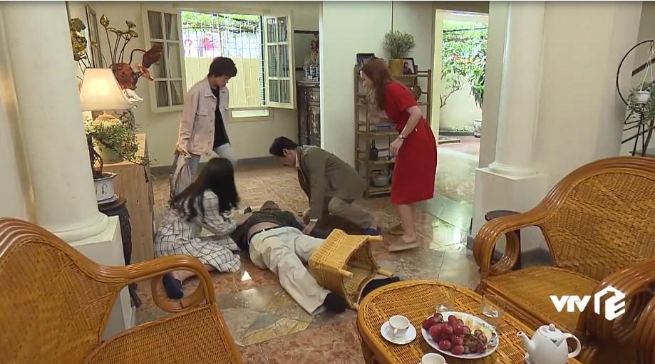 Về nhà đi con tập 34: Huệ bị Khải cưỡng bức ngay trong nhà mình, Vũ và Thư háo hức chuẩn bị đám cưới - Ảnh 3.