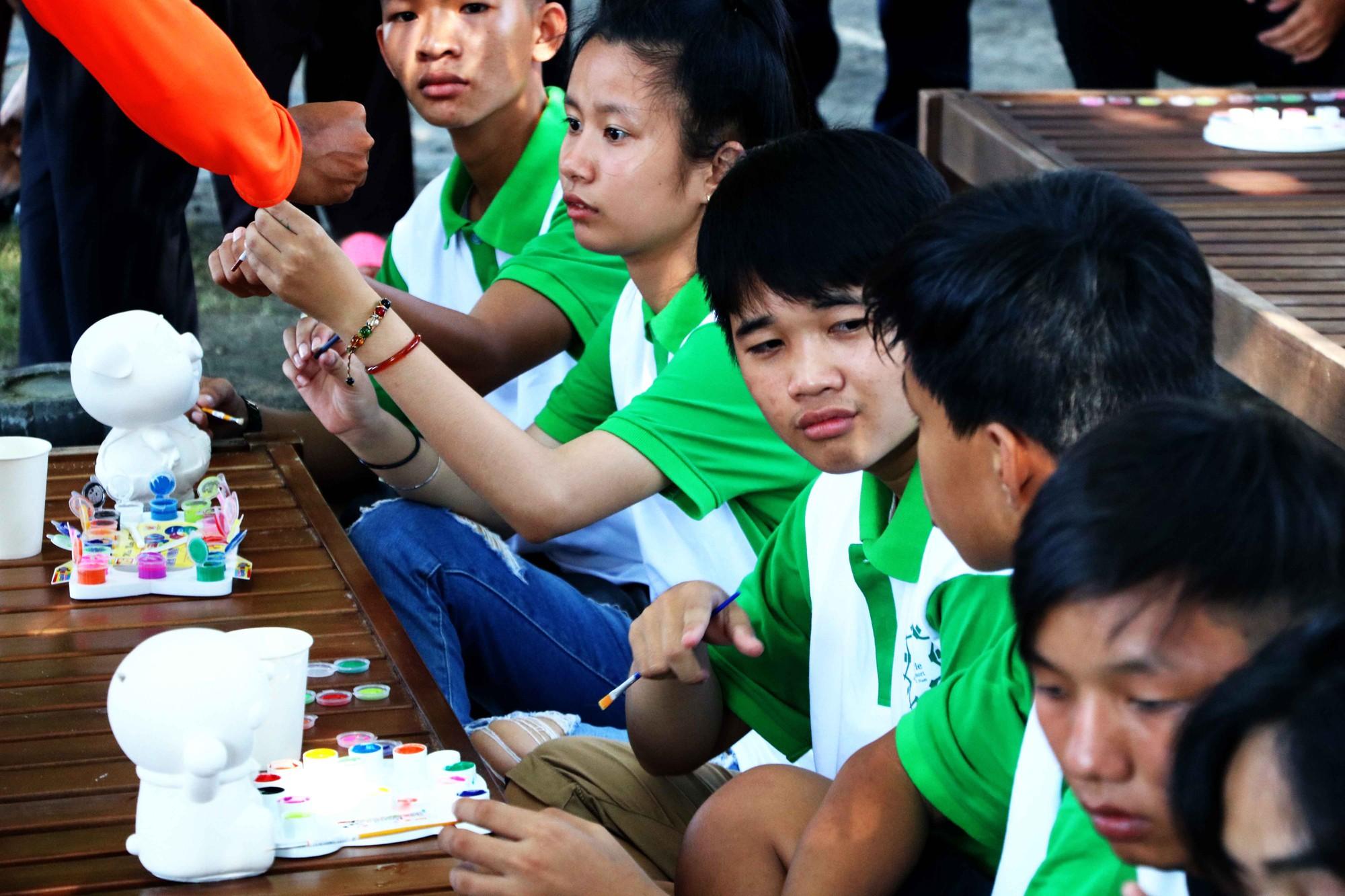 Gần 600 thiếu nhi vui chơi hết mình trong ngày Hội trẻ em khuyết tật lần tại Nha Trang - Ảnh 8.