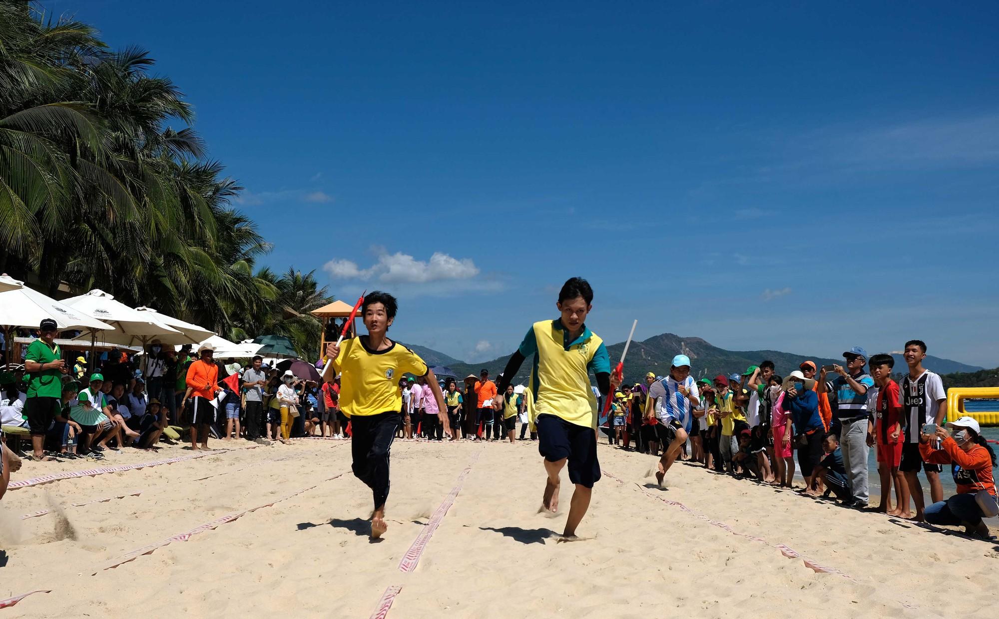 Gần 600 thiếu nhi vui chơi hết mình trong ngày Hội trẻ em khuyết tật lần tại Nha Trang - Ảnh 10.