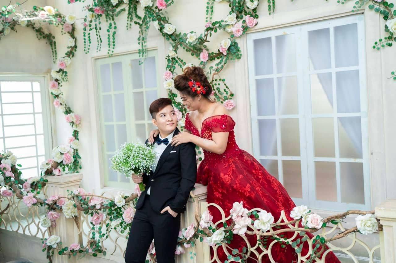 Chuyện tình của cặp đồng tính nữ: Chụp ảnh cưới trước rồi xin phép ba mẹ - Ảnh 11.