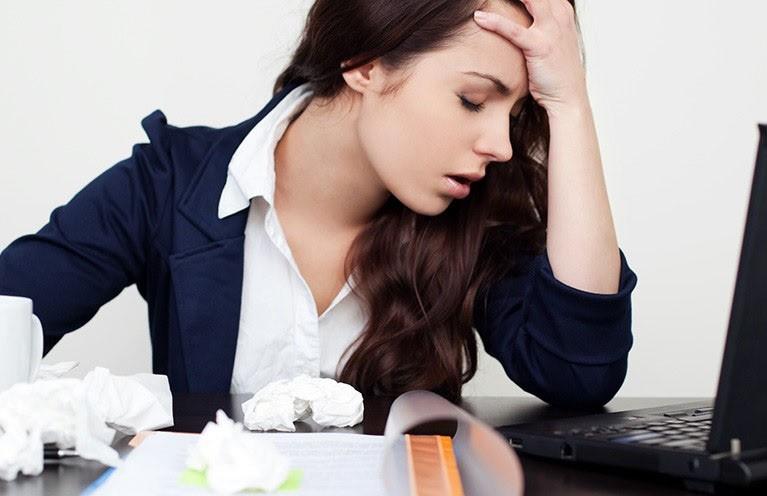 Stress sát thủ âm thầm gây vô sinh: Bớt căng thẳng, giảm công việc đi để có thời gian tạo em bé - Ảnh 2.