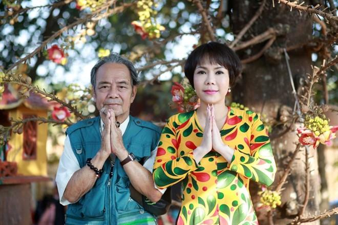 Việt Hương chia sẻ bức ảnh cuối cùng chụp chung với ba gây xúc động - Ảnh 1.
