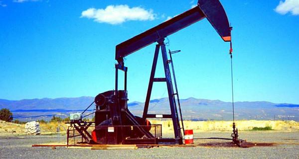 Giá xăng dầu hôm nay 17/5: Vọt lên ấn tượng  - Ảnh 1.