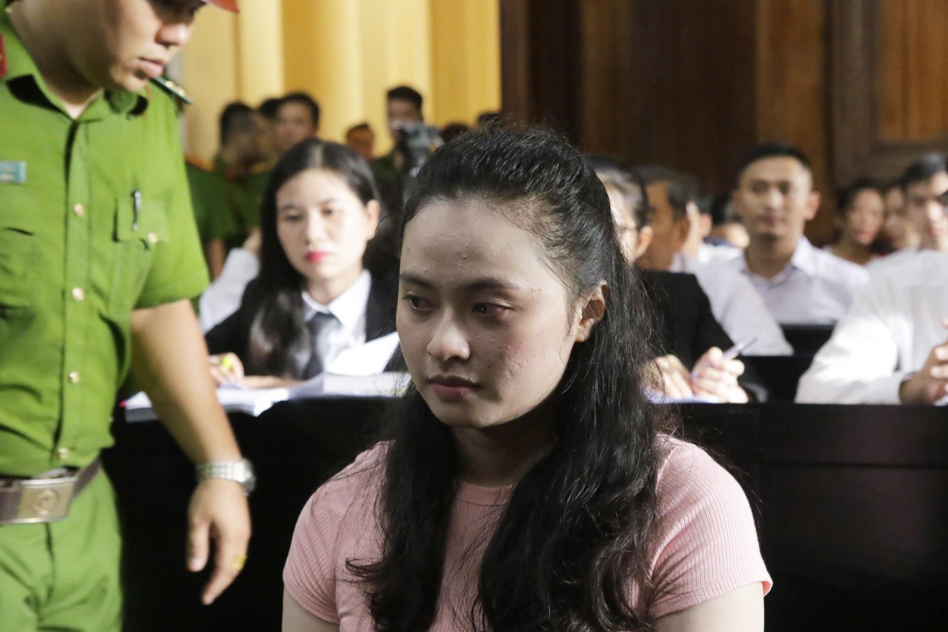 Nhan sắc một thời của hot girl Ngọc Miu đang hầu tòa cùng trùm ma túy Văn Kính Dương - Ảnh 1.