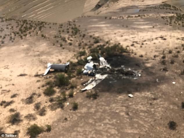 Rơi máy bay tư nhân chở 13 người tại Mexico, không còn ai sống sót - Ảnh 1.