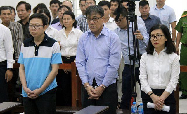Tin tức pháp luật: Hotgirl Ngọc Miu hầu tòa cùng Văn Kính Dương, cô gái tử vong trong khách sạn sau khi gọi điện cầu cứu - Ảnh 6.