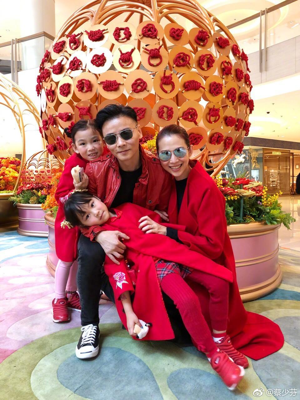 Hoa đán TVB Thái Thiếu Phân: Cái giá của hạnh phúc là tuổi thơ cơ cực và quyết định từ mặt mẹ ruột - Ảnh 4.