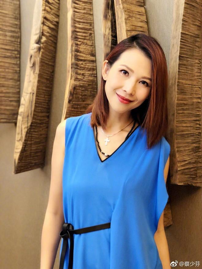 Hoa đán TVB Thái Thiếu Phân: Cái giá của hạnh phúc là tuổi thơ cơ cực và quyết định từ mặt mẹ ruột - Ảnh 8.
