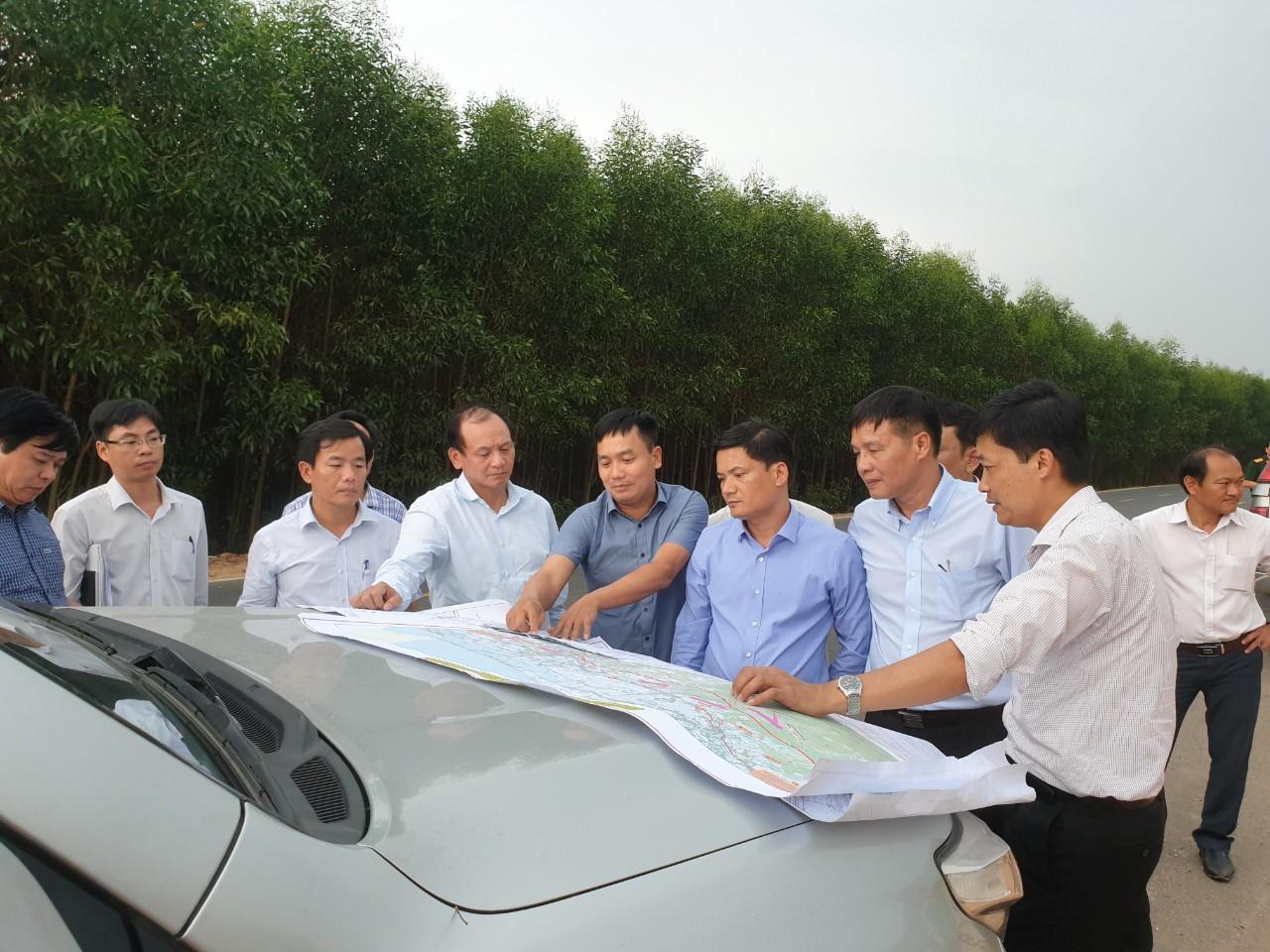 Khánh Hòa: Công tác GPMB cao tốc Bắc - Nam phải đảm bảo lợi ích người dân - Ảnh 1.