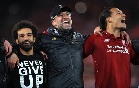 BLV Quang Huy: 'Sự điên rồ của Liverpool đè bẹp Barca chơi chủ quan' - Ảnh 2.