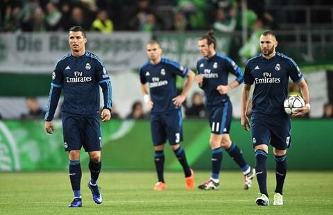 6 cuộc lội ngược dòng khó tin trong lịch sử Champions League - Ảnh 3.