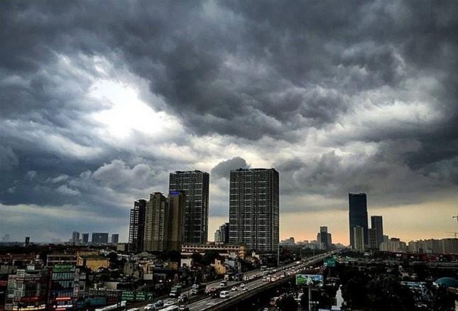 Lý giải hiện tượng thời tiết dịu mát bất thường khi chuyển mùa - Ảnh 1.