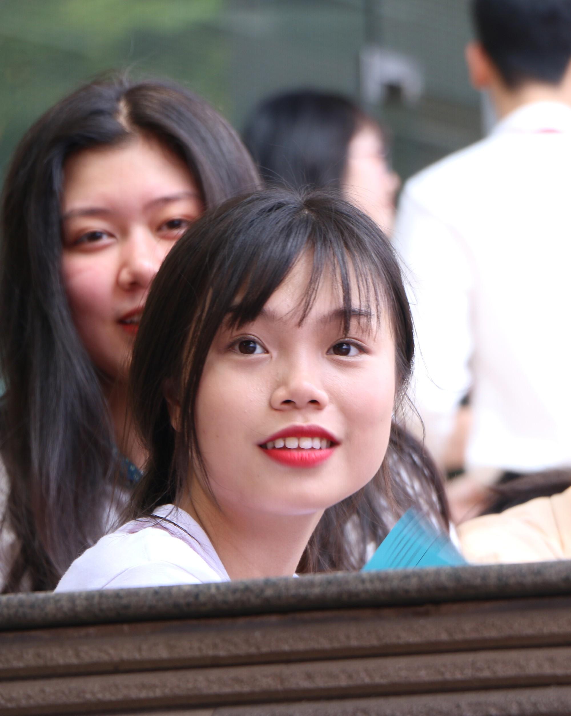 Hà Nội yêu cầu các trường không được thu phí dự thi với thí sinh thi THPT quốc gia 2019 - Ảnh 1.