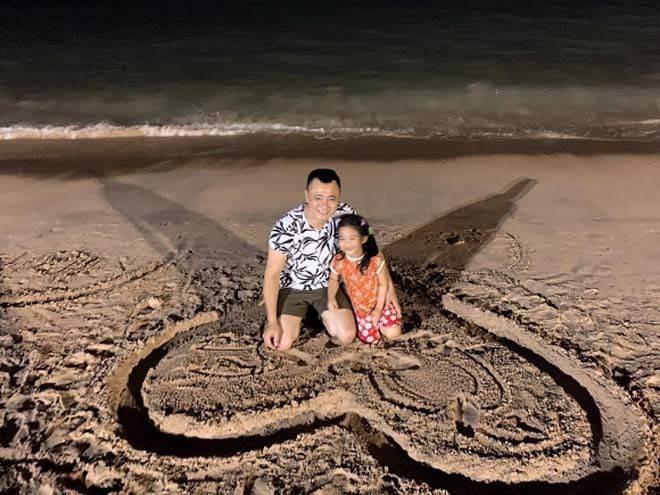 Sao Việt hôm nay (9/5): Mâu Thủy chiếm spotlight với thân hình gợi cảm, bà xã Tiến Đạt khoe mang bầu được hơn 3 tháng - Ảnh 8.