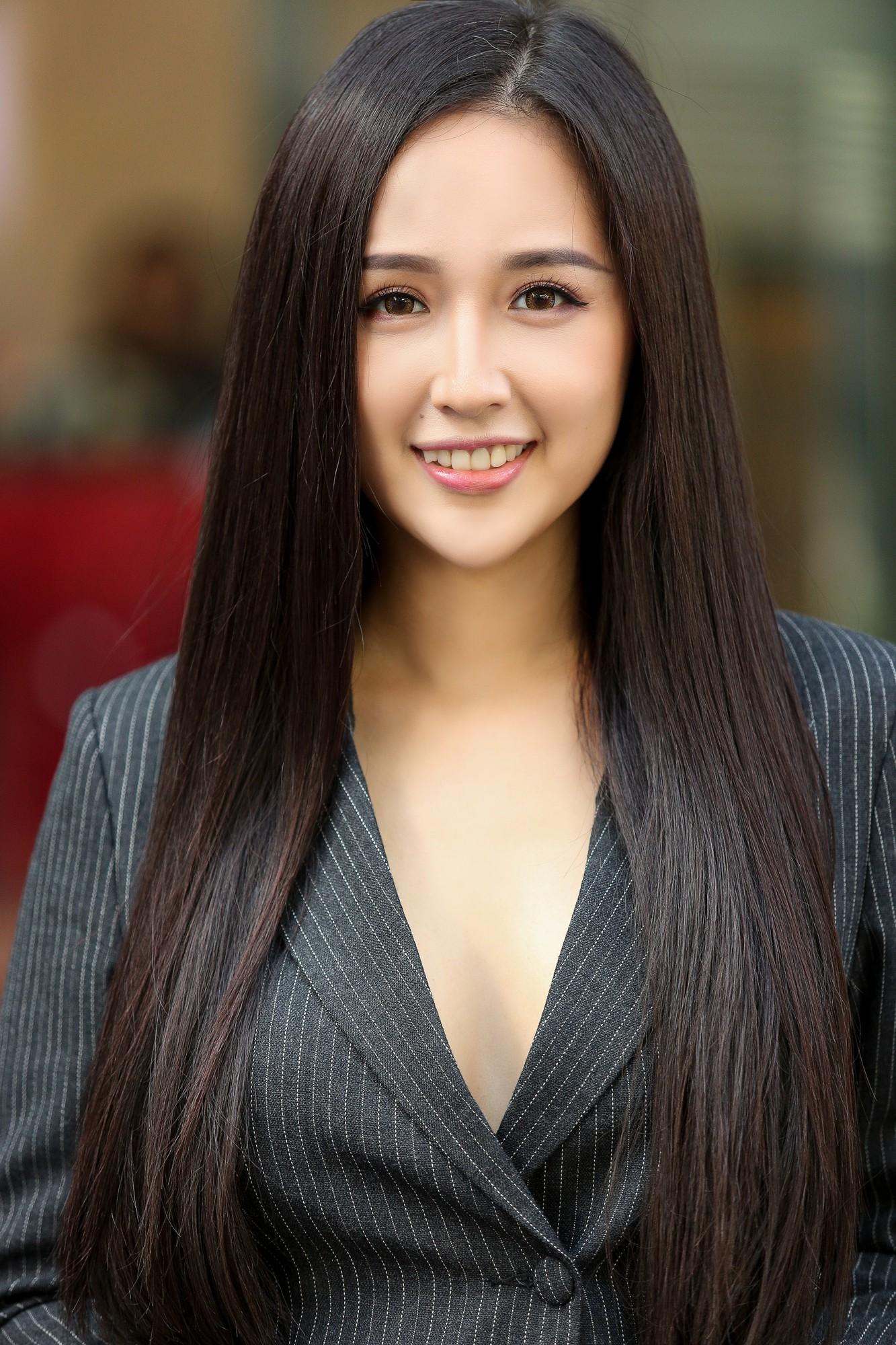 Mai Phương Thúy, Tiểu Vy đọ sắc tại vòng sơ khảo Hoa hậu Thế giới Việt Nam 2019   - Ảnh 1.