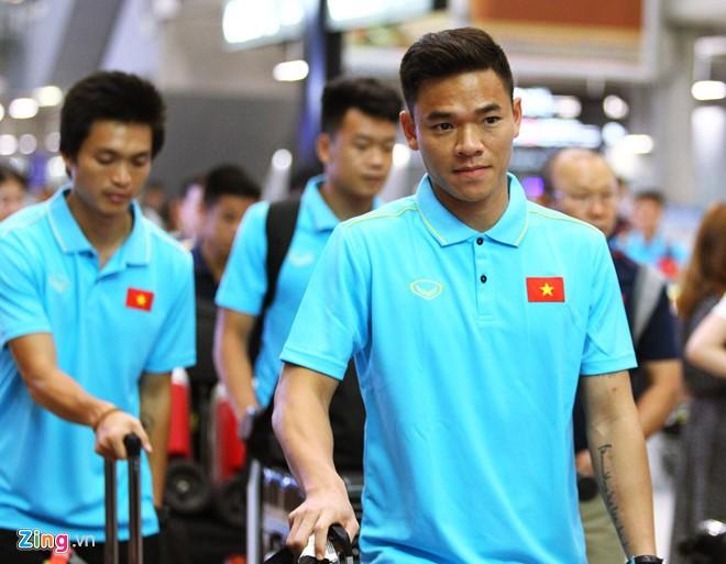 Tuyển Việt Nam có mặt ở Thái Lan, sẵn sàng cho Kings Cup - Ảnh 5.