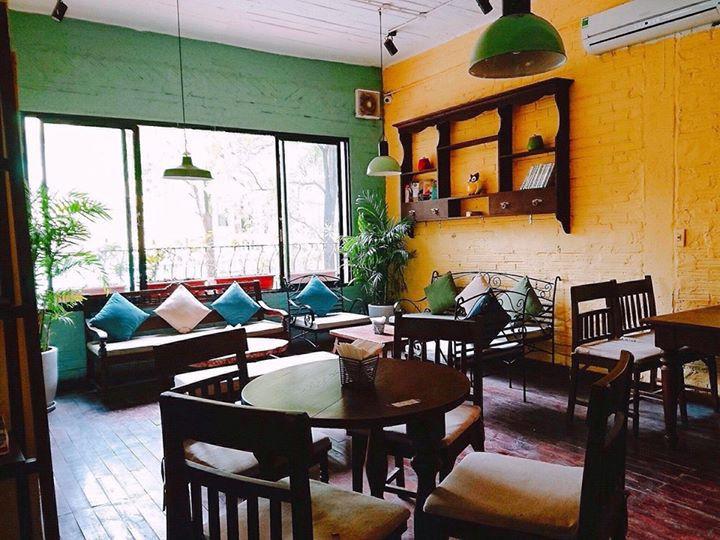 Những quán cà phê đẹp phù hợp với người LGBT ở Hà Nội - Ảnh 12.
