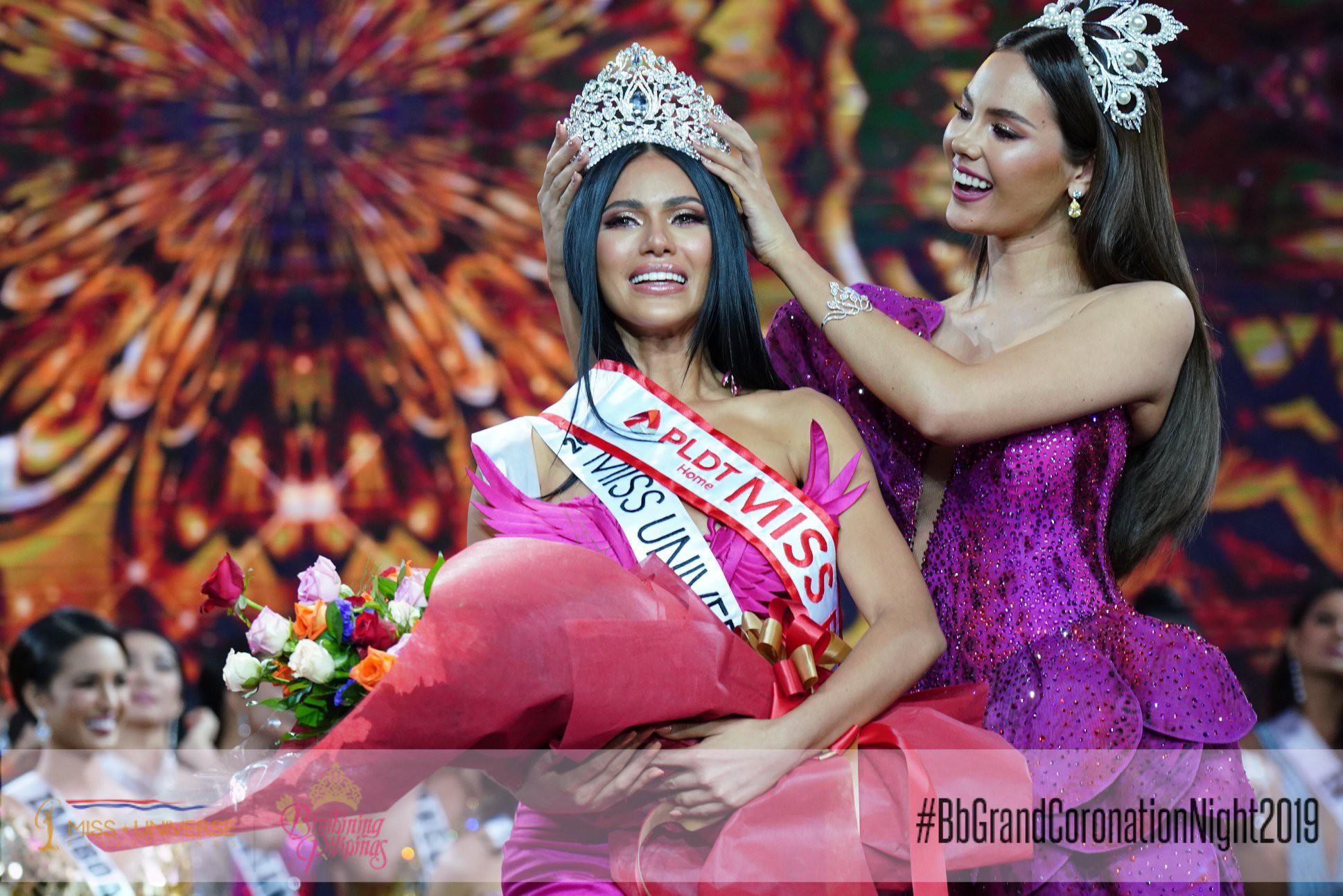 Gà chiến Philippines sở hữu vẻ đẹp pha trộn giữa 2 Á hậu Hoàn vũ  - Ảnh 1.