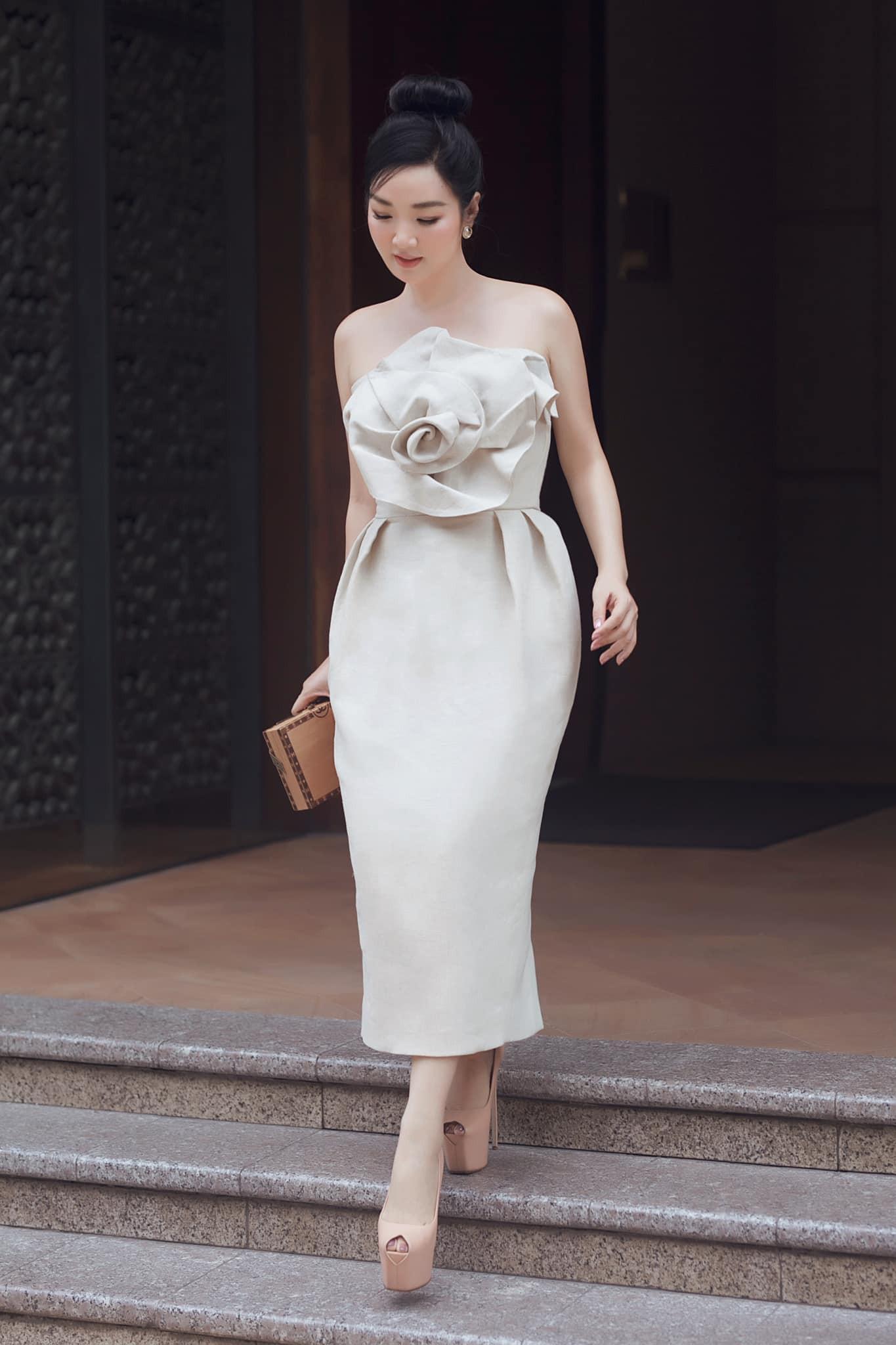 Mĩ nhân Việt nào là Nữ hoàng thảm đỏ tuần qua? (kì 53) - Ảnh 4.