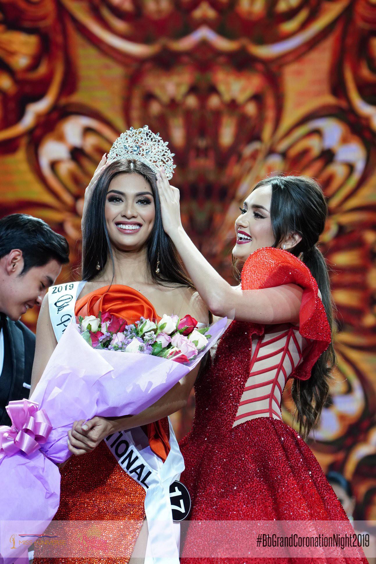 Hoa hậu Hoàn vũ Philippines 2019 lộ diện, được dự đoán tiếp tục gây sốt tại Miss Universe  - Ảnh 3.