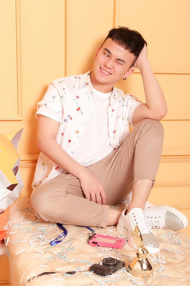 Hot face Huỳnh Đăng Thông: Ngoài đời tôi cũng lầy nhưng nhẹ hơn - Ảnh 2.