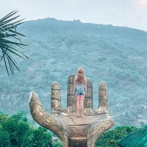 Bàn tay vàng trong làng sống ảo đẹp mê mẩn giữa rừng - Ảnh 11.