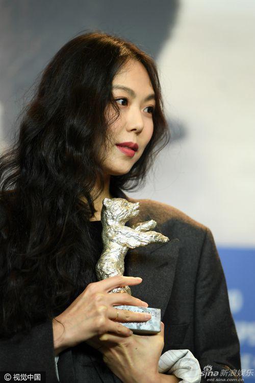 Diễn viên Kim Min Hee: Ảnh hậu quyến rũ bị công chúng ghét bỏ vì ồn ào cướp chồng - Ảnh 12.