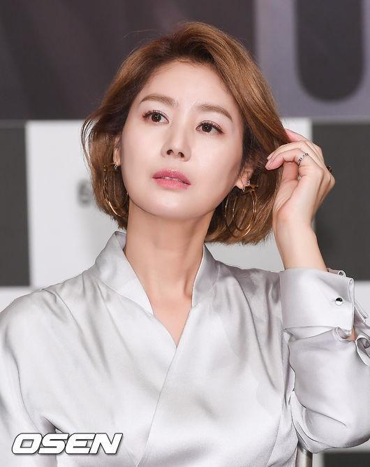 Cuộc sống của Hoa hậu Hàn Quốc: Người hạnh phúc viên mãn, kẻ không dám ra đường vì bê bối sex tập thể - Ảnh 18.