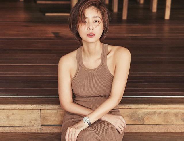Cuộc sống của Hoa hậu Hàn Quốc: Người hạnh phúc viên mãn, kẻ không dám ra đường vì bê bối sex tập thể - Ảnh 19.