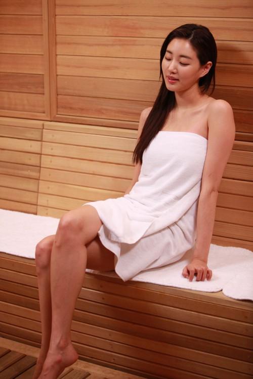 Cuộc sống của Hoa hậu Hàn Quốc: Người hạnh phúc viên mãn, kẻ không dám ra đường vì bê bối sex tập thể - Ảnh 2.