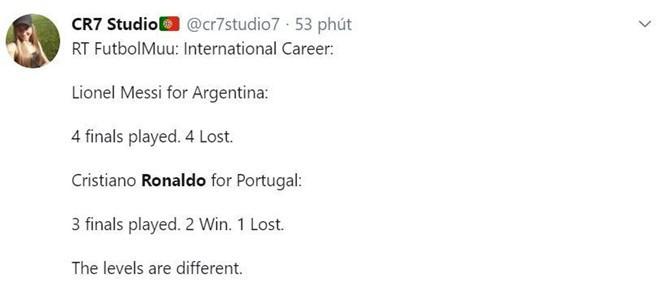 Messi bị chế nhạo trong ngày Ronaldo vô địch Nations League - Ảnh 3.