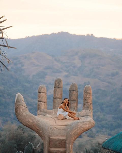 Bàn tay vàng trong làng sống ảo đẹp mê mẩn giữa rừng - Ảnh 5.