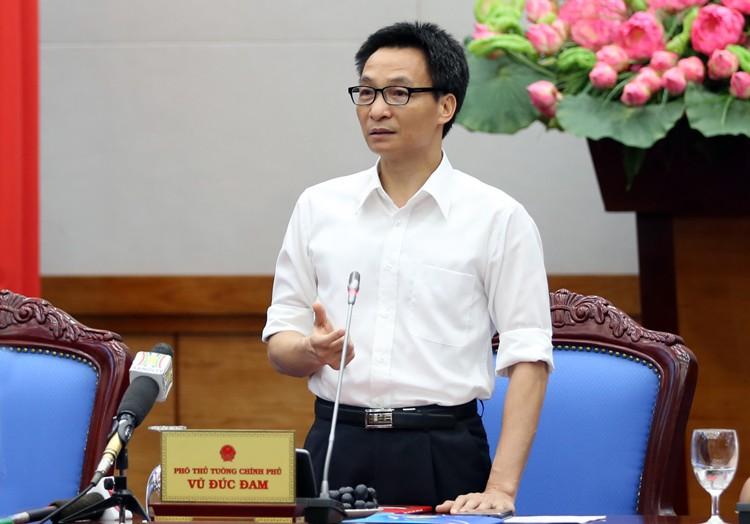 Phó Thủ tướng Vũ Đức Đam: 'Đừng để doanh nghiệp Việt phải ra nước ngoài lập nghiệp vì qui định Việt Nam' - Ảnh 1.