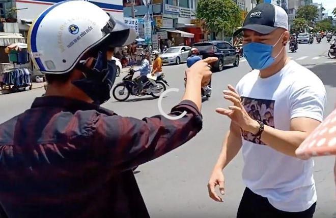 Sao Việt bẽ bàng vì ồn ào chiêu trò để đánh bóng tên tuổi - Ảnh 1.