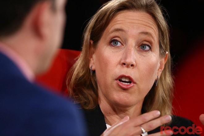 CEO Google thừa nhận YouTube thất bại trong việc lọc nội dung độc hại - Ảnh 2.
