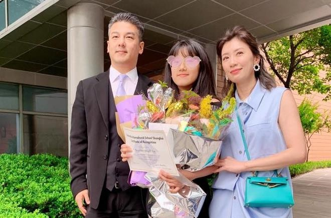 'Triệu Mẫn' Giả Tịnh Văn làm lành với chồng cũ sau 9 năm - Ảnh 1.