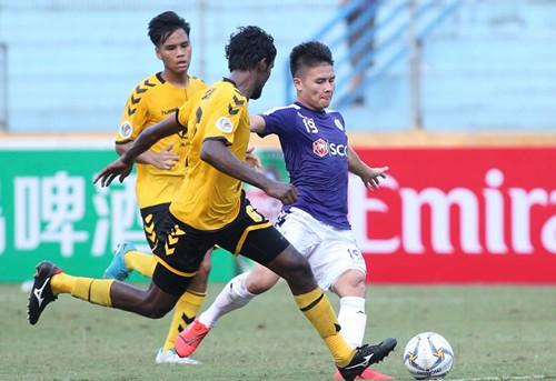 Quang Hải nghỉ thi đấu ở V-League vì quá tải - Ảnh 1.
