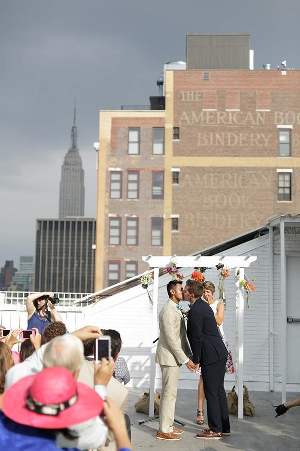 Stylish-and-Hip-Weddings-Immy-and-Whitneys-stylish-new-york-wedding-200-40