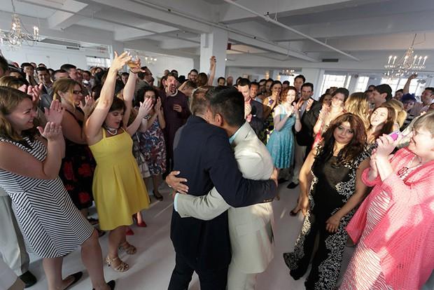 Stylish-and-Hip-Weddings-Immy-and-Whitneys-stylish-new-york-wedding-200-57