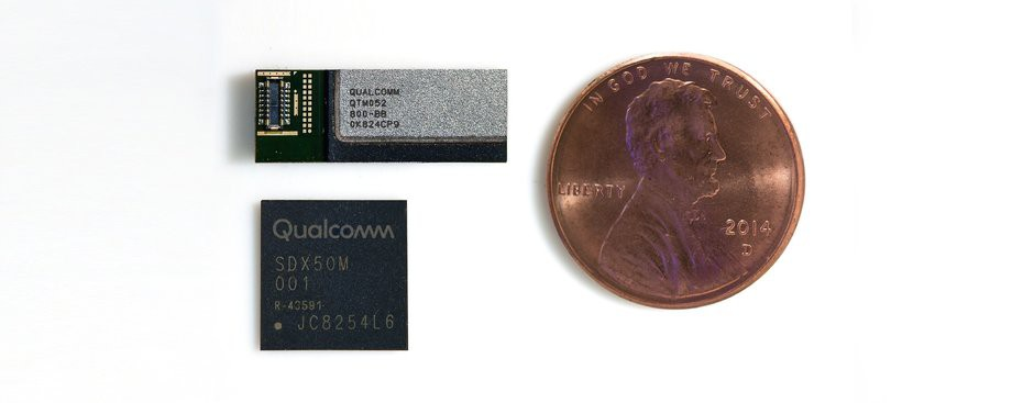 qualcomm-qtm052-antenna-module-and-qualcomm-snapdragon-x50-5g-modem-photo-2