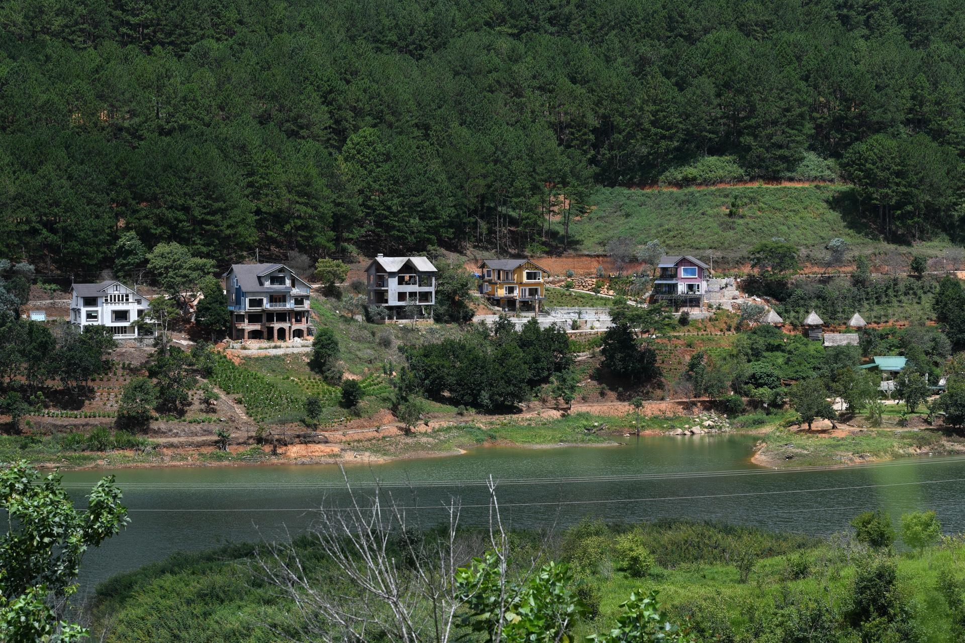 Nhiều dự án bất động sản sai phạm 'bao vây' hồ Tuyền Lâm ở Đà Lạt - Ảnh 14.