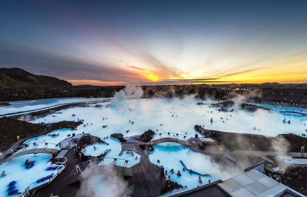 7 suối nước nóng đặc biệt nhất thế giới - Ảnh 10.