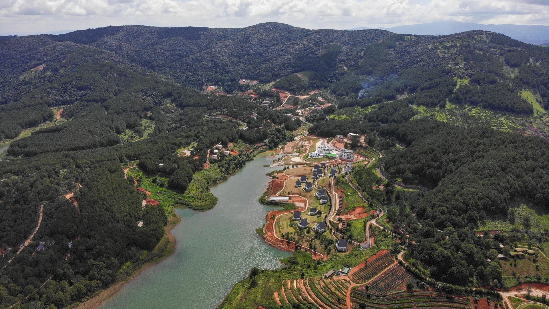Nhiều dự án bất động sản sai phạm 'bao vây' hồ Tuyền Lâm ở Đà Lạt - Ảnh 2.