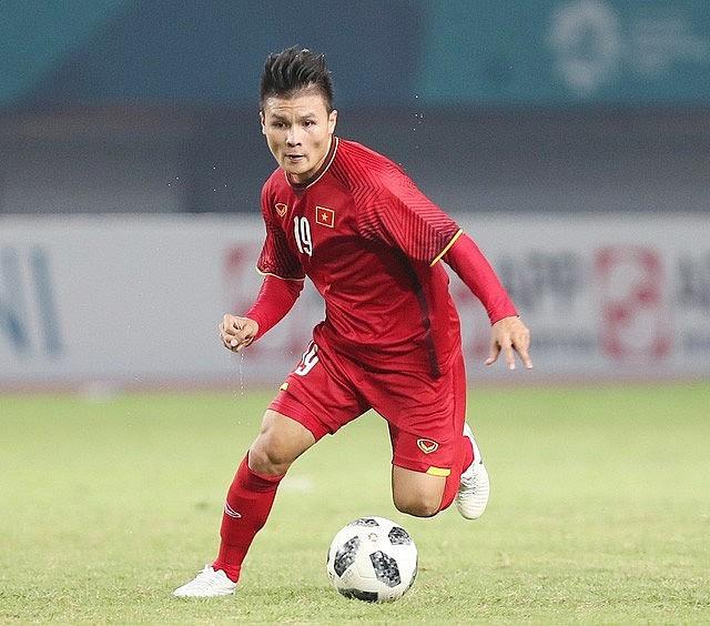 Quang Hải lọt top 6 cầu thủ châu Á đủ sức sang châu Âu thi đấu - Ảnh 1.