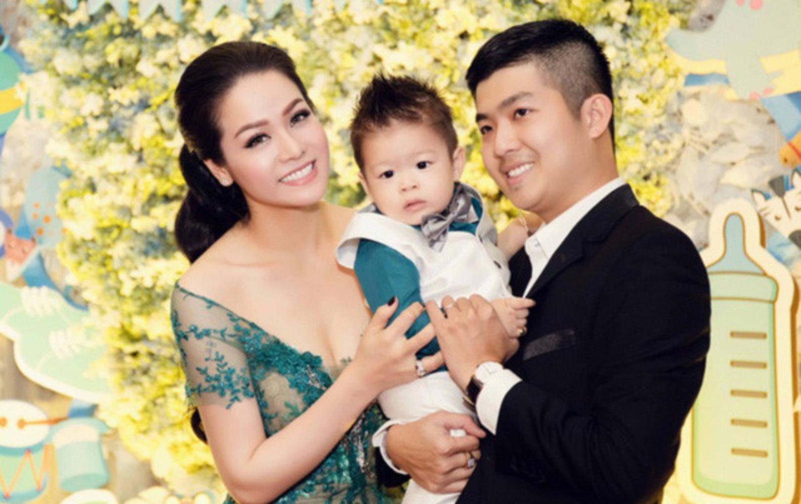 Nỗi khổ không được gặp con của Nhật Kim Anh sau 3 năm li hôn chồng cũ - Ảnh 1.